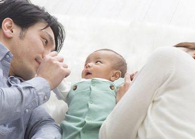 赤ちゃんと親