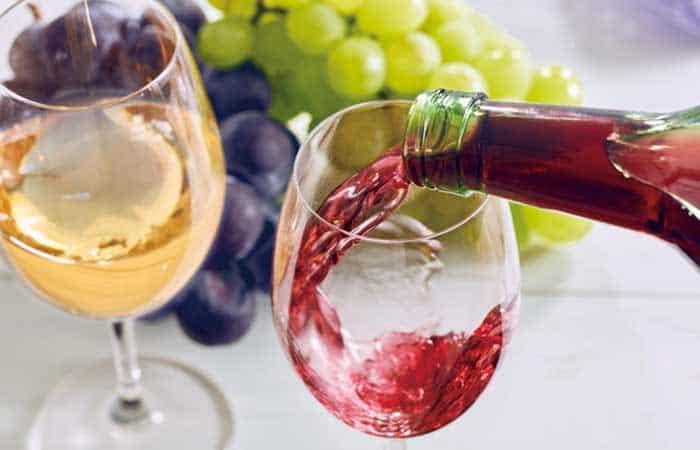 ポリフェノール豊富な赤ワイン